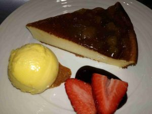 restaurante-marisqueria-valencia-islas-canarias-puerto-ciudad-artes-ciencias-tarta-manzana-helado