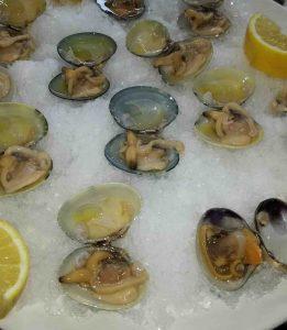 https://restauranteislascanarias.com/wp-content/uploads/2017/03/restaurante-marisqueria-valencia-islas-canarias-puerto-ciudad-artes-ciencias-almejas-carril.jpg