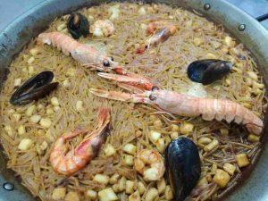 restaurante-marisqueria-valencia-islas-canarias-puerto-ciudad-artes-ciencias-fideua