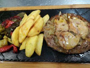 restaurante-marisqueria-valencia-islas-canarias-puerto-hamburguesa-black-angus-foie