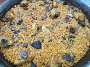 restaurante-marisqueria-valencia-islas-canarias-puerto-paella-pollo-setas