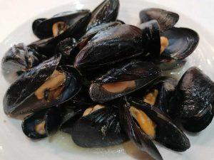 restaurante-marisqueria-valencia-islas-canarias-puerto-ocenaografic-mejillones-clochinas