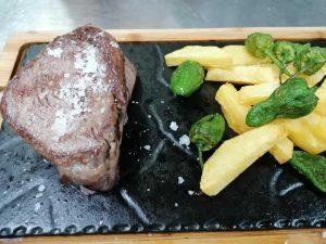 restaurante-marisqueria-valencia-islas-canarias-puerto-ocenaografic-solomillo-vaca